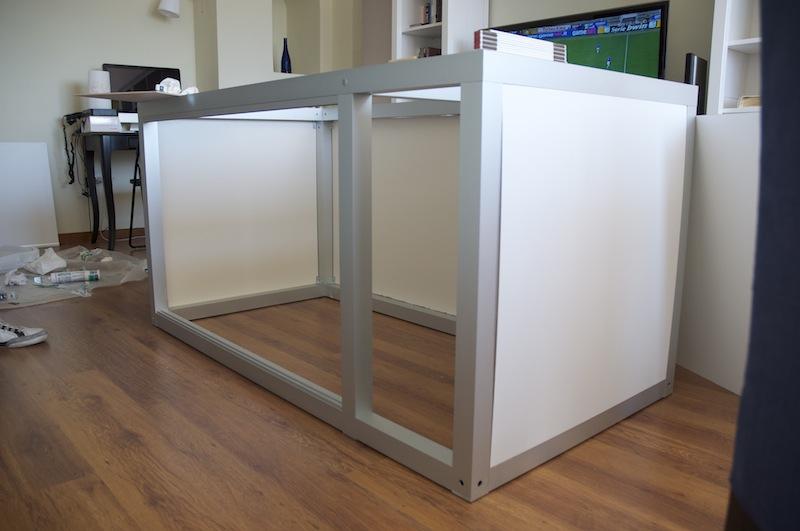 Montaggio pannelli su struttura in alluminio