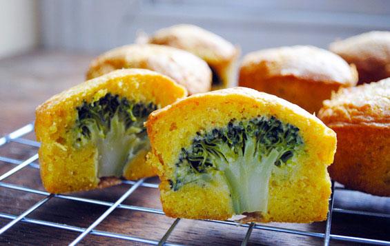 Deliziosi muffin con avanzi di verdure