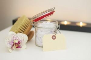 come pulire la pelle del viso